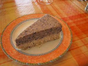 Borovnicevo-mandlejva presna torta
